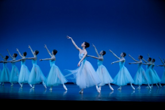 425_SMF13_RB_Foto_01_Het_Nationale_Ballet__Foto_Angela_Sterling